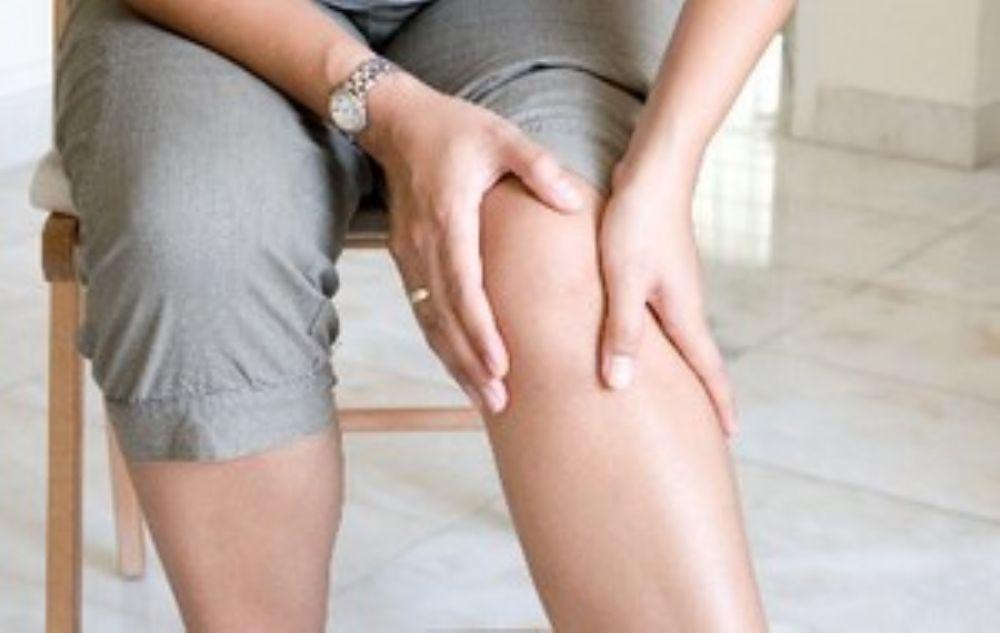 صورة علاج الم المفاصل الركبة , افضل علاج الم المفاصل علي الاطلاق