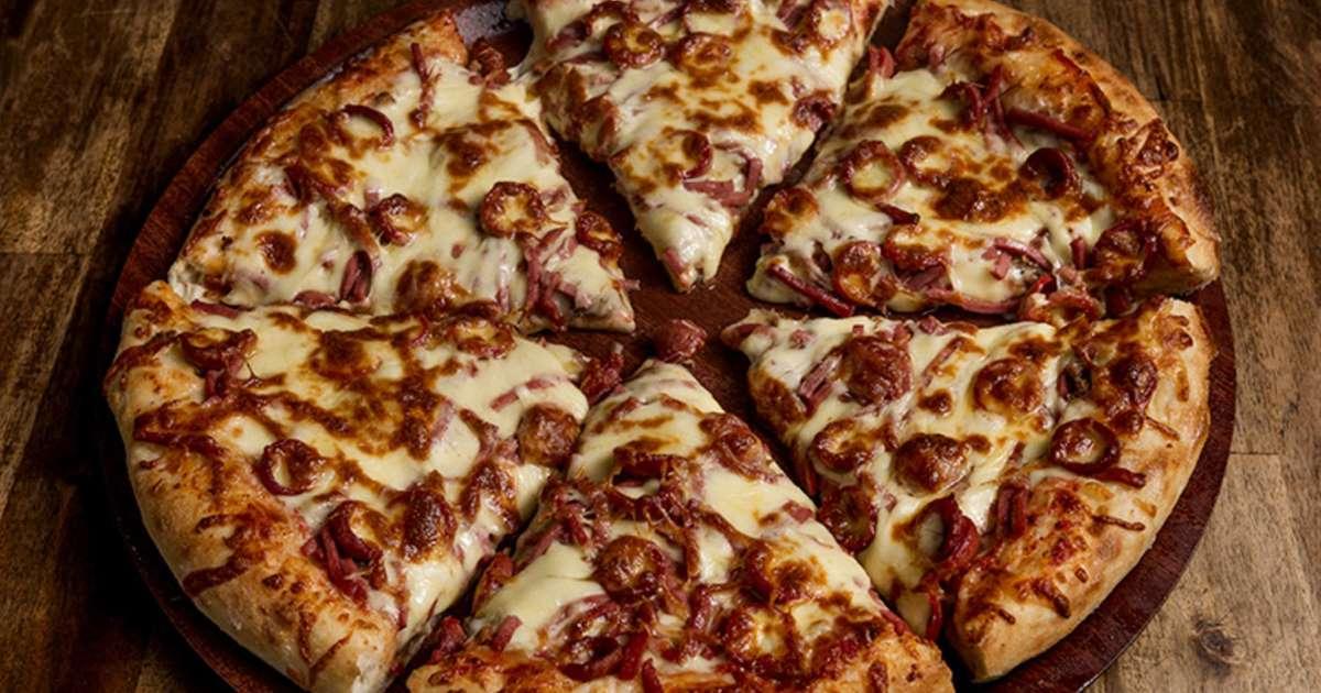 صورة طريقه عمل البيتزا باللحمه المفرومه , احلى بيتزا بالحمه المفرومه