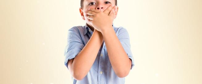 صورة سبب رائحة الفم عند الاطفال , كيف تجعل رائحة فم طفلك مدهشه