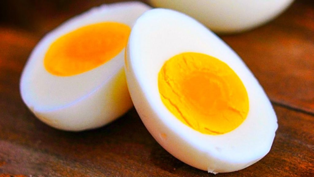 صورة اسم صفار البيض , مكونات البيض واسمائهه من الداخل