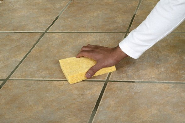 صور طريقة تنظيف السيراميك من الترويبة , ملح الليمون لنظافة سراميك رائعة والتخلص من التراب في الفواصل