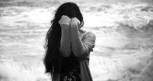 الزعل في المنام لابن سيرين , رؤية شخص حزين في الحلم