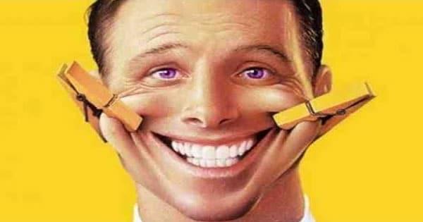 صورة معنى الضحك في المنام , الحلم بالقهقه و الضحك