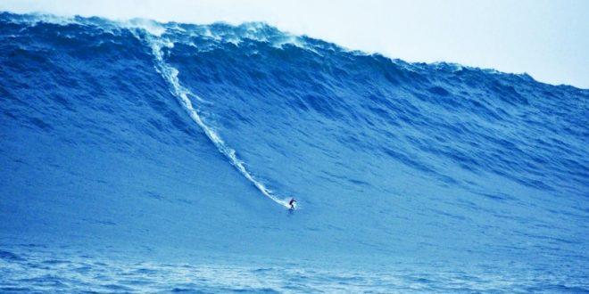 صورة تفسير الاحلام البحر الهائج , النجاة من البحر الهائج في المنام