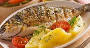 صورة طريقة عمل السمك المشوي بالزيت والليمون , وصفة لذيذة لشوي السمك بالزيت واللمون هتعجبك