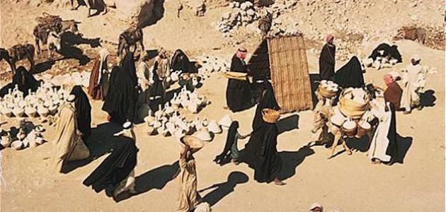 صورة اهم الشعراء في العصر الجاهلي , اللسان العربي الفصيح