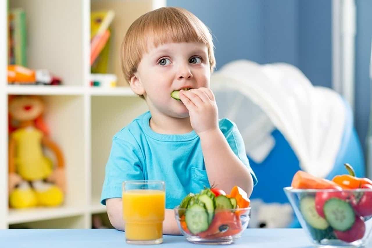 صورة استشارات طبية للاطفال , كوني حريصه دائما علي سلامه طفلك