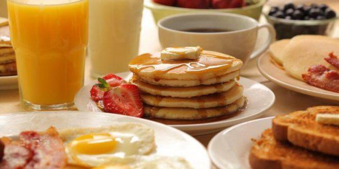 صورة افضل فطور في الرياض , احلي اصناف الطعام علي المائده صباحا