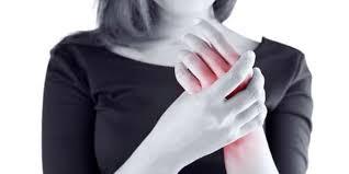 صورة تنميل الاطراف من اعراض الحمل , تعرف على اسبابه