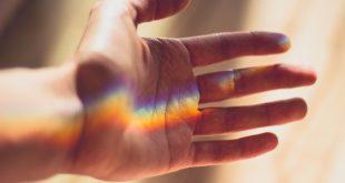 صورة تفسير حلم ظهور اصبع جديد , ما تاؤيل وجود اصبع جديد في المنام
