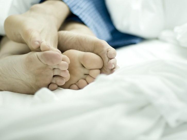 صورة تفسير حلم الجماع مع الزوج , رايت زوجي يجامعني في رؤيا