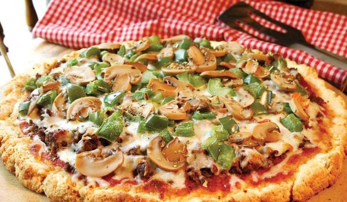 صورة طريقة عمل البيتزا للشيف حسن , احلى بيتزا بتكاتها وحركاتها