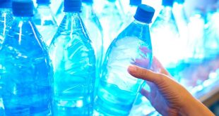 كيف تشعر بتحسن مع اختلاف الماء , فوائد الماء القلوي