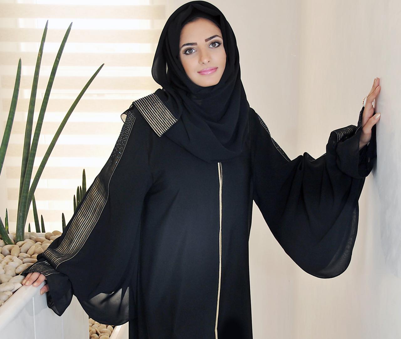 صورة صور بنات سمة لا تفوتك، بنت لابسه عبايه 5548 4